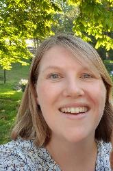 Dr. Nathalie Dessers